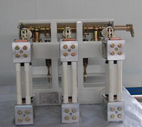 ZN28A-12户内高压真空断路器